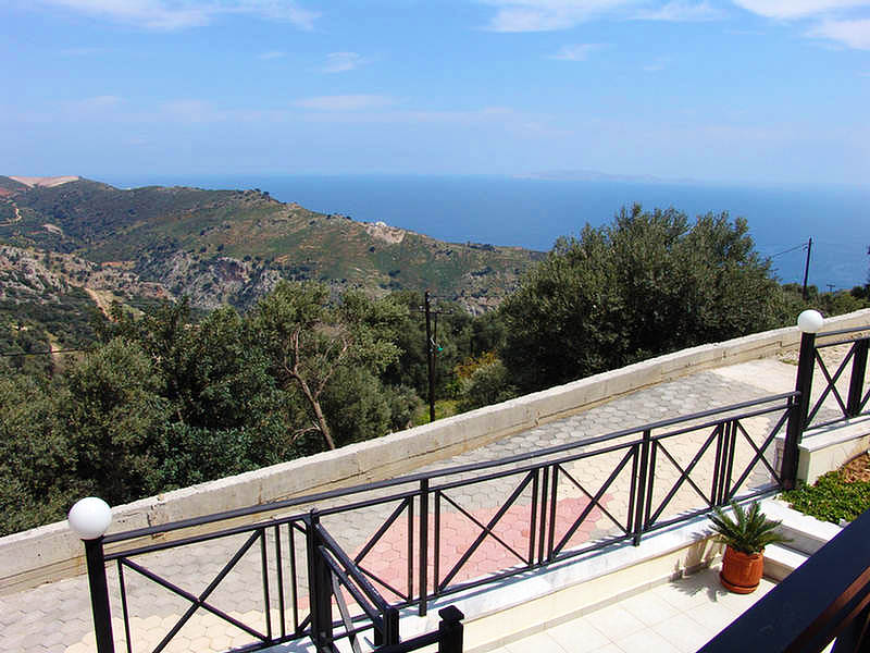 Rogdia villa for sale - photo of the garden - balkony view