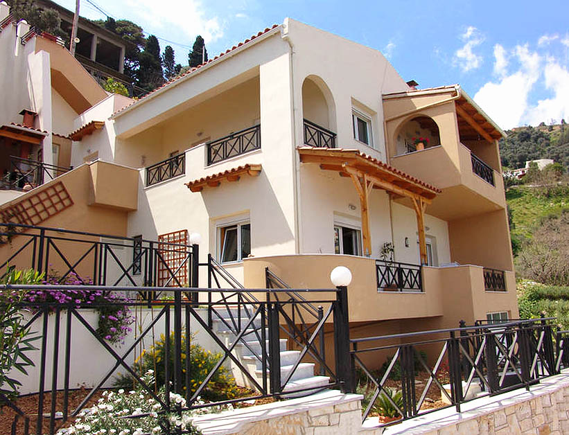 Rogdia villa for sale - photo of the house - outside view