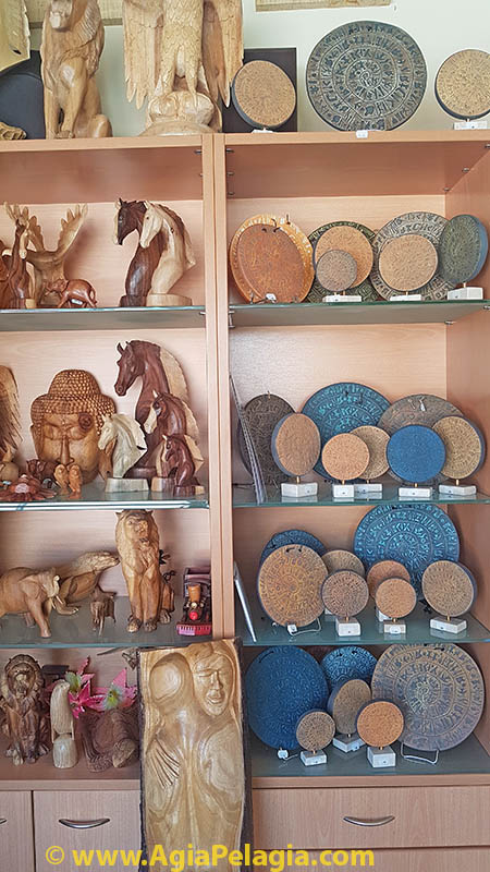 Wooden souvenirs and Disk of Festos copies